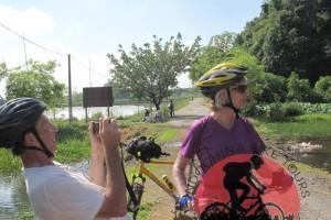Hue cycle tour to Saigon