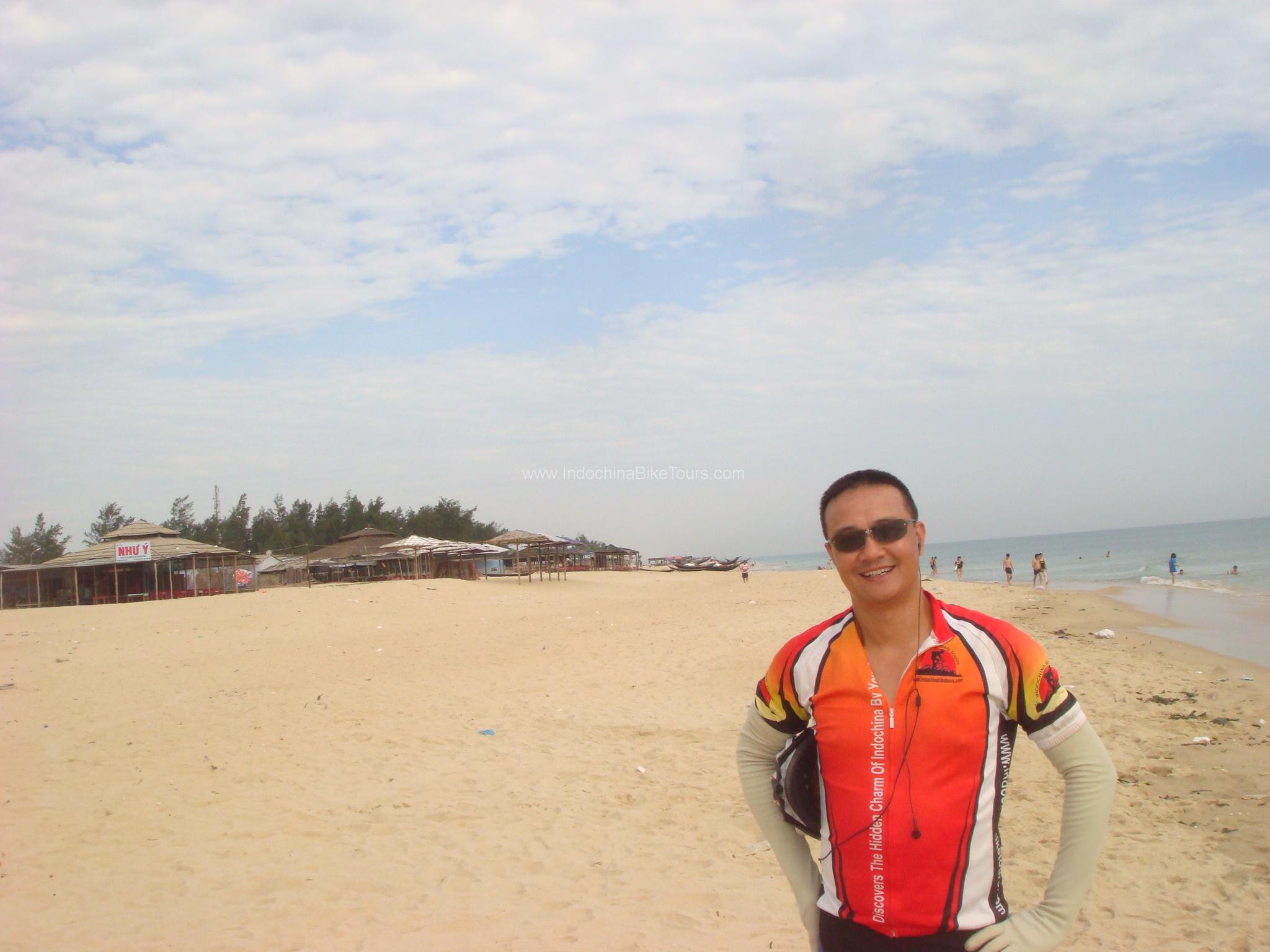 Explore Nha Trang city by Bike - Half Day