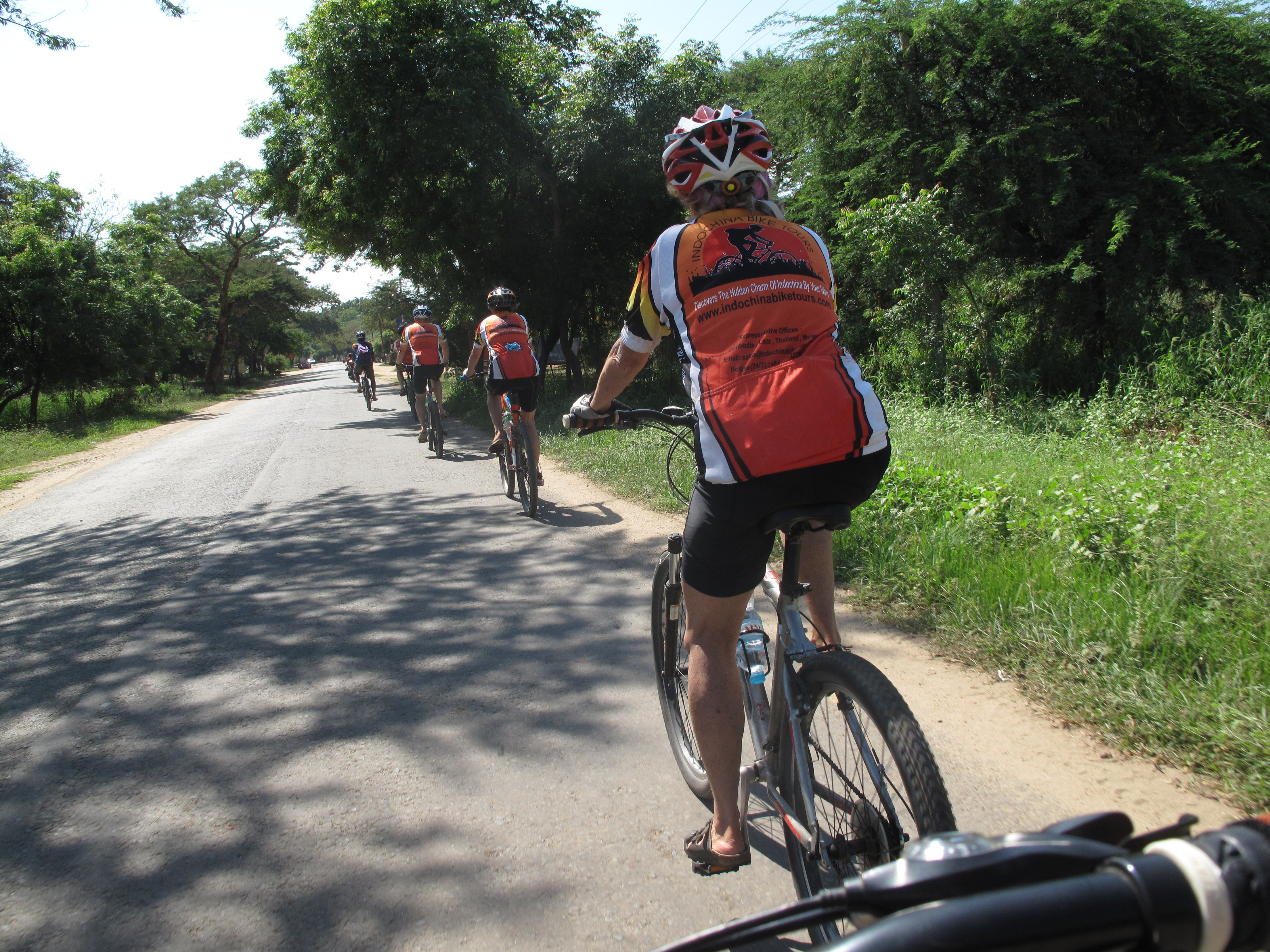 Hue Cycling to Hanoi
