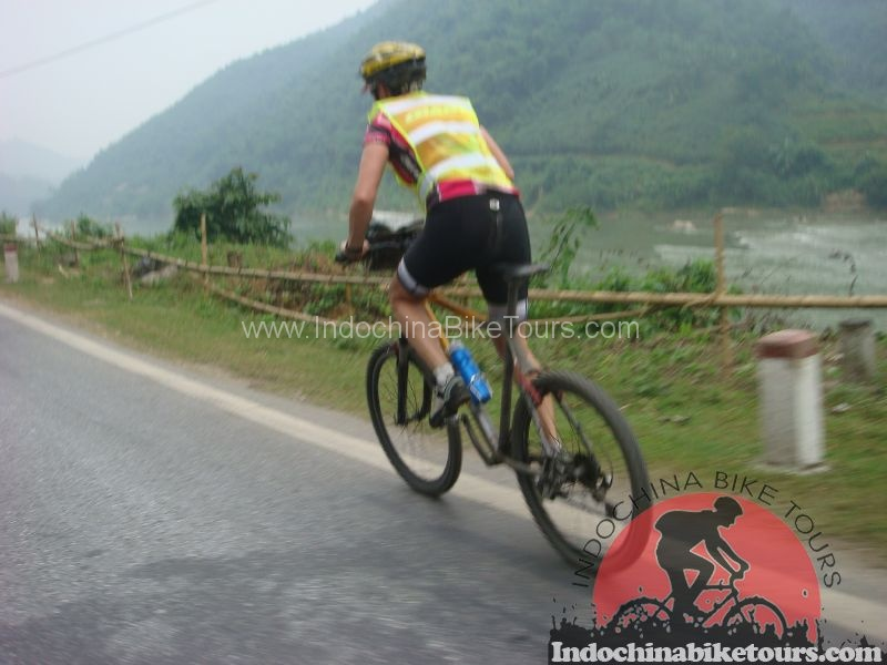 Northern Vietnam cycle tour