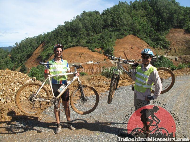 Vietnam-dirt-trails-mountain-bike