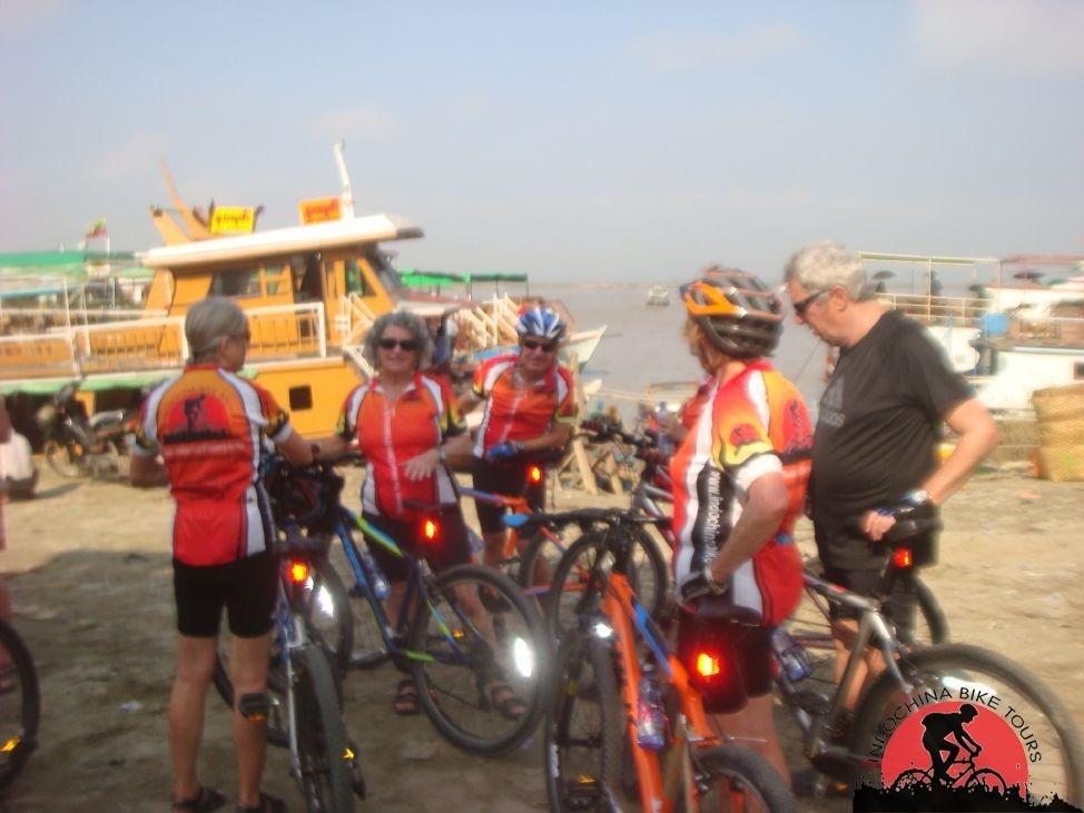 Saigon Biking To Phnom Penh